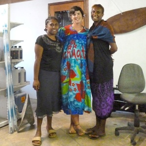 As a going away present Beatrice and Estella, from the Port Vila Boatyard, gave me an island dress and Steve a macthing shirt. Such warmth and kindness in Vanuatu